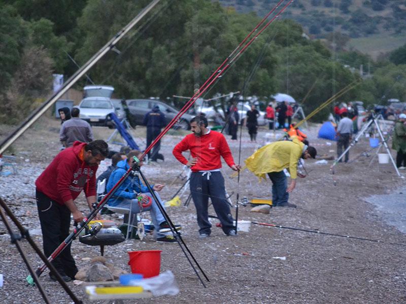 Ψαρευτικοί αγώνες, συναντήσεις ψαρευτικών ομάδων, συλλόγων κτλ…. Καθώς το καλοκαίρι μας αφήνει σιγά σιγά και οι παραλίες αδειάζουν , ανακοινώσεις αγώνων και συναντήσεων αρχίζουν να.....